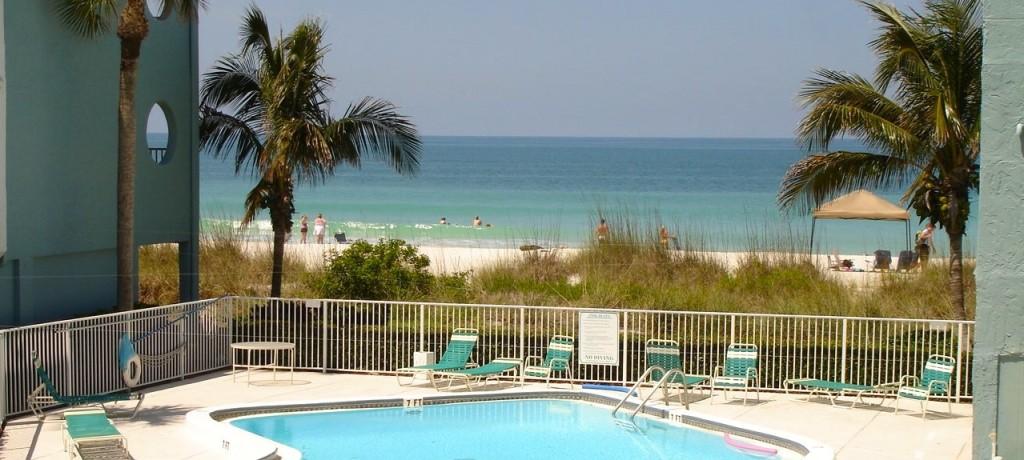 Tiffany pool and beach - Version 2